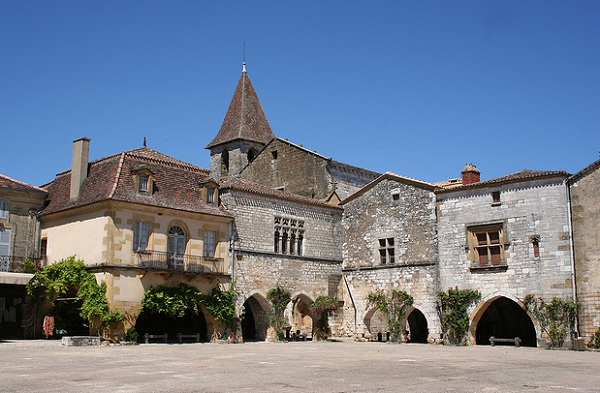 Monpazier in the perigord Pourpre