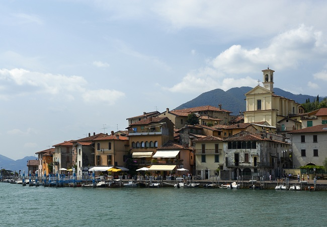Monte Isola Village (Montisola in italiano)