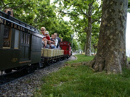 Mini train Pully suisse lac Leman